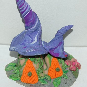 Fairy Miniature, Fairy Figurine, Double Twisted Roof Mushroom Fairy Gnome Pixie Home 3.8 Inches