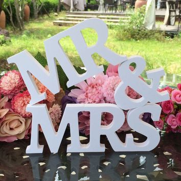 3 pcs/set Mr & Mrs Wooden Letters Sign Wedding decoration Romantic Mariage Birthday Party Decor