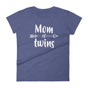 Mom of Twins t-shirt - Gift for mother of twins, mom of twins, twin mom, mother of twins, twin mom shirt, mom of twins shirt, twin mama