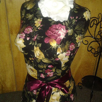 Decorative dress form Midnight Rose designs Shabby chic jewelry holder craft show table display vintage inspired wholesale booth ideas sale
