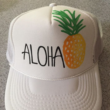 adult sz handpainted aloha pineapple teucker hat