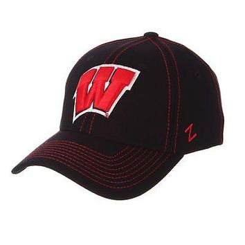 Licensed Wisconsin Badgers Official NCAA Finisher Large Hat Cap by Zephyr 604854 KO_19_1