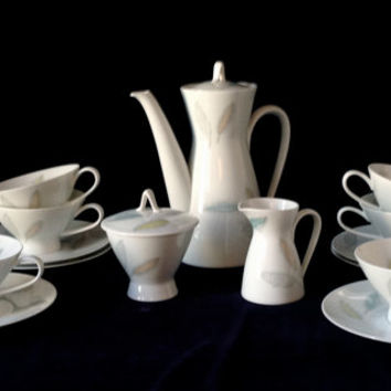 "Retro Mid Century Modern Rosenthal Loewy ""Bunte Blatter"" 15 piece coffee/tea set - Birthday/Housewarming/Wedding/Engagement/Shower Gift"