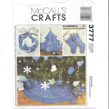 McCall's 3777 Pattern for A Blue Christmas Deocrations, From 2002, Tree Skirt, Fabric Tree, Stockings, Wreath, Ornaments, Home Sew Pattern