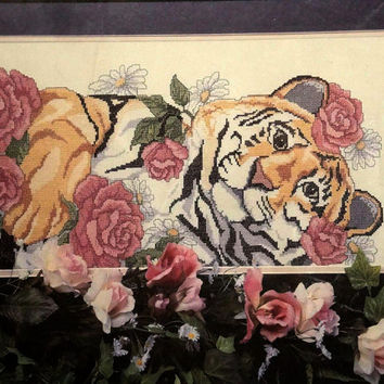 Counted Cross Stitch Kit Tiger And Roses Picture Golden Bee Nip very rare!!