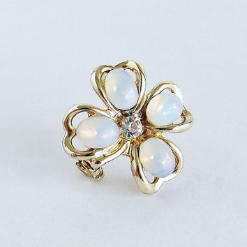 Glowing Four Leaf Clover Brooch