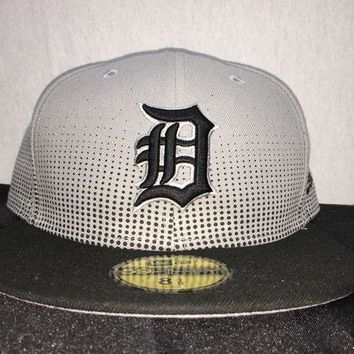 ESBON MLB Detroit Tigers Men's Flow Team Fitted Hat
