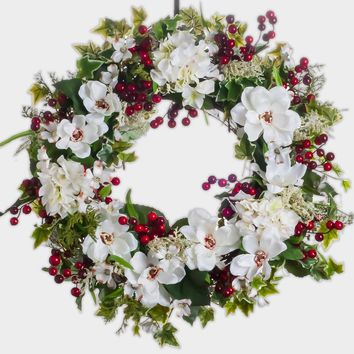 White Magnolia Wreath with Hydrangea & Red Berries (SW534)
