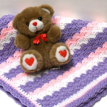 RESERVED for Lupita - Crochet Baby Blanket Lavender Pink and White
