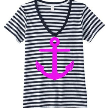 Cute ANCHOR V-Neck shirt...Perfect for Anchor lovers
