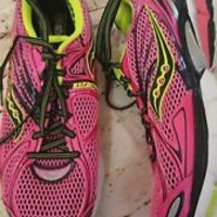 SAUCONY Hurricane 15 PowerGrid pink Running Shoes sneakers Womens Sz 11 hydramax