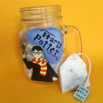 Harry potter mug, the boy who lived, golden snitch- with 5 bags of Harry's golden snitch peach tea