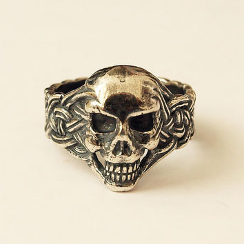 Skull ring, Skull jewelry, Skull, Men skull ring, Skull rings, Size 10 ring, Men ring, Celtic ring, Celtic knot ring, Celtic jewelry