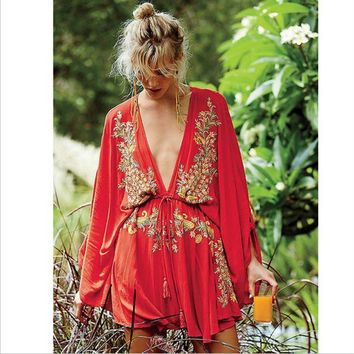 ONETOW Free People' Fashion  Ethnic Embroidery Deep V Bat Sleeve Loose Mini Dress
