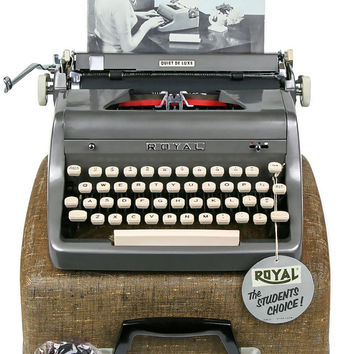 1955 Charcoal Gray Royal Quiet De Luxe Typewriter / Professionally Serviced / Royal Typewriter / Working Typewriter / Writer Gift / Grey