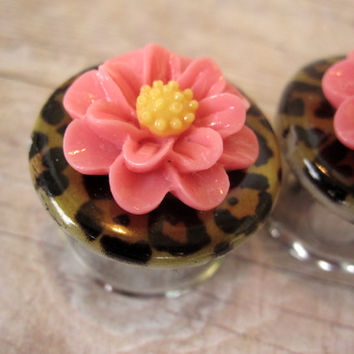 "Pair of Leopard and Flower Plugs - More Colors - Handmade Girly Gauges - Feminine Earrings - 5/8"", 3/4"", 7/8"", 1"" (16mm, 19mm, 22mm, 25mm)"