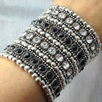 4-Row Black and Clear Crystal Stretch