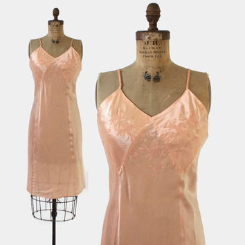 Vintage 40s SILK Slip / 1940s Embroidered Peach Satin Bias Cut Slip S - M