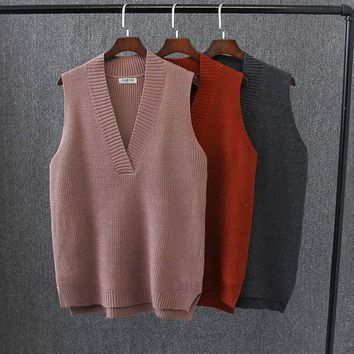 E2 Spring Casual Women knitted sweater 4XL Plus Size Clothes Fashion Loose Sleeveless V-neck Solid color Vests V335