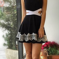 Cut Out Waist Skater Dress B007567