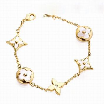 LV Woman Fashion Geometry Plated Chain Bracelet