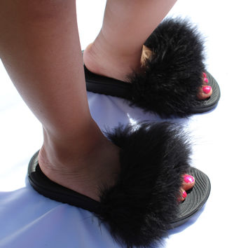 Kids Black Nike Fur Slides
