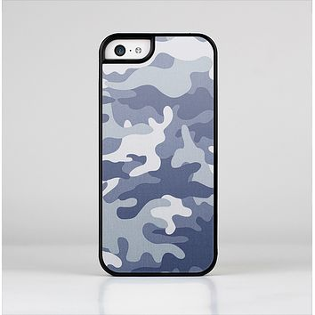 The Traditional Snow Camouflage Skin-Sert for the Apple iPhone 5c Skin-Sert Case