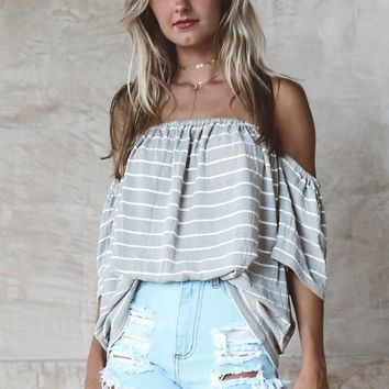 TOBY HEART GINGER - Luxurious Striped Off The Shoulder Top