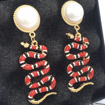 GUCCI exaggerated serpentine long temperament hipster sexy paper clip earrings F0477-1 Red