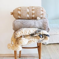 Pillow Crochet Marrakech  -  Beige -  triangles and stripes