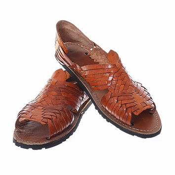 Vintage 70s Leather Huaraches Sandals 1970s Artisan Handcrafted Mexican Cognac Woven Leather Hippie Boho Shoes Ladies size 8-1/2 to 9