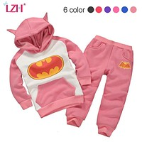 LZH Newborn Clothes 2017 Autumn Winter Baby Girls Boys Clothes Set Batman Hoodie+Pant 2pc Outfits Christmas Suit Infant Clothing