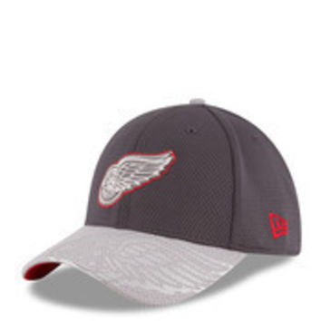 NHL New Era Detroit Red Wings Chrome Tech 39Thirty Flex Hat