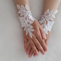 wedding gloves, bride gloves, costume gloves, wedding accessories, white lace gloves, free shipping!