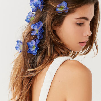 Rock N Rose Franny Flower Hair Pins   Urban Outfitters