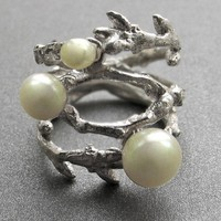 $200 Branch Ring doubleWhite Pearls by amieplante on Etsy
