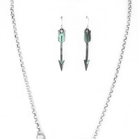 Metal Arrow Bar Necklace Set