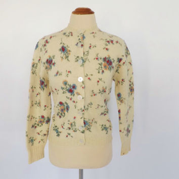Vintage 1960s Pandora Scotchkin Wool Cardigan Sweater 50s Cream Floral Button up Cardigan Size Medium Small Mad Men Pin Up Girl Rockabilly
