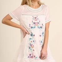A-Line Floral Embroidery Dress - Off White