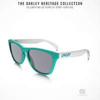 Oakley Heritage Frogskins | Caliroots - The Californian Twist of Lifestyle and Culture