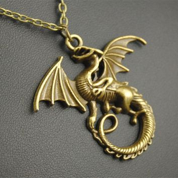 1pc Antique Silver Metal Flying Medieval Dragon Necklace Jewelry E138