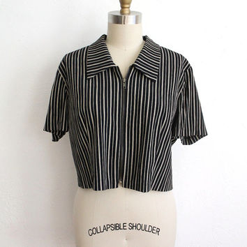 Vintage 80s Black & White Striped Cropped Zip Up Blouse // Collared Short Sleeve