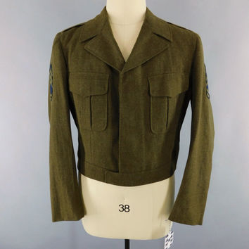 Vintage 1940s WW2 IKE Jacket / 40s Wool Military Coat / WWII Men's Jacket / 42 L