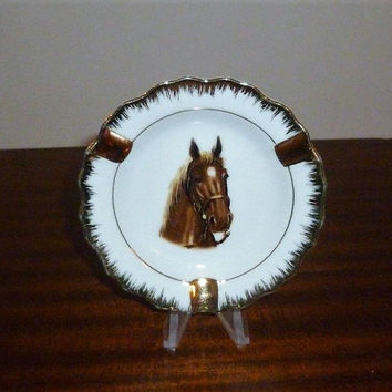 Vintage 1960s Porcelain Small White Ashtray with Horse Print and Gold Edge / Retro Ashtray / Made in Japan