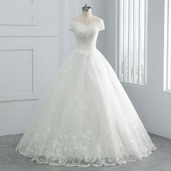 Beautiful Pearls Beading Cap Sleeve Wedding Dress Ball Gown Lace up Embroidery Vintage Bridal Wedding Gown