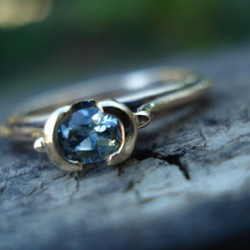 Pale blue grey sapphire engagement ring, unusual gold band, light blue sapphire ring, diamond alternative, yellow gold, conflict free gem