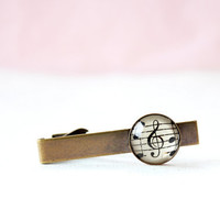 Men's accessory vintage style tie clip with sheet music under glass.  Valentine's day gift for dad, brother, boyfriend, groom, husband