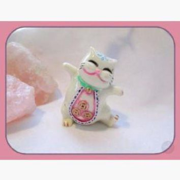 Happy Maneki Neko Luck & Good Fortune Beckoning Money Cat Totem