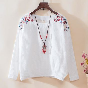 new fashion women cotton linen o-neck embroidery long sleeve t-shirt female girls loose shirt spring lady autumn pullover tops