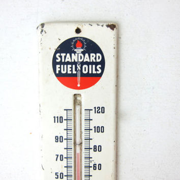 vintage Standard Fuel Oils thermostat / metal thermometer advertising / wall hanging